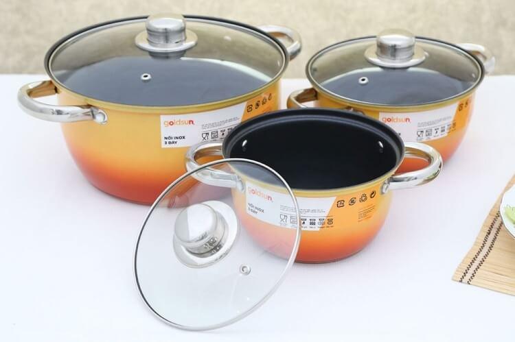Bộ nồi nấu bếp từ Goldsun GE31- 3306SG. Giá tham khảo: 389.000đ