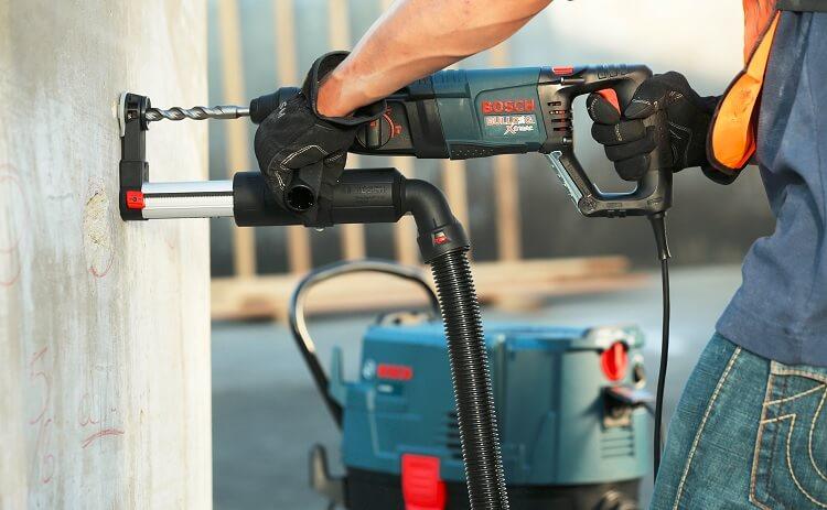 Một máy khoan bê tông chuyên dụng của Bosch