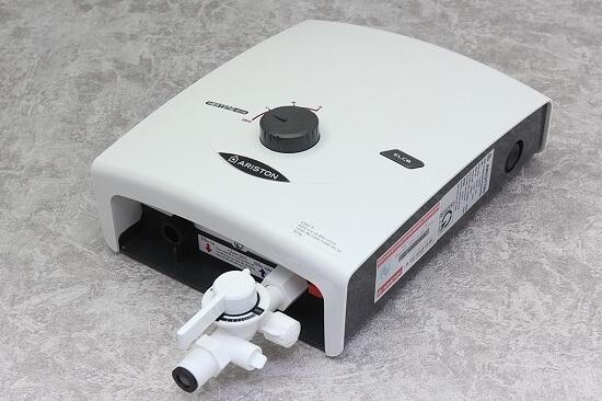 Bình nóng lạnh Ariston SB35E-VN: Một sản phẩm giá rẻ mà chất lượng