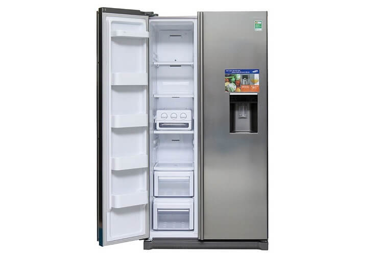 Dòng Tủ lạnh Samsung 543 lít RSA1WTSL1/XSV: Đa năng và rẻ với tính năng làm đá tự động và có vòi nước mát
