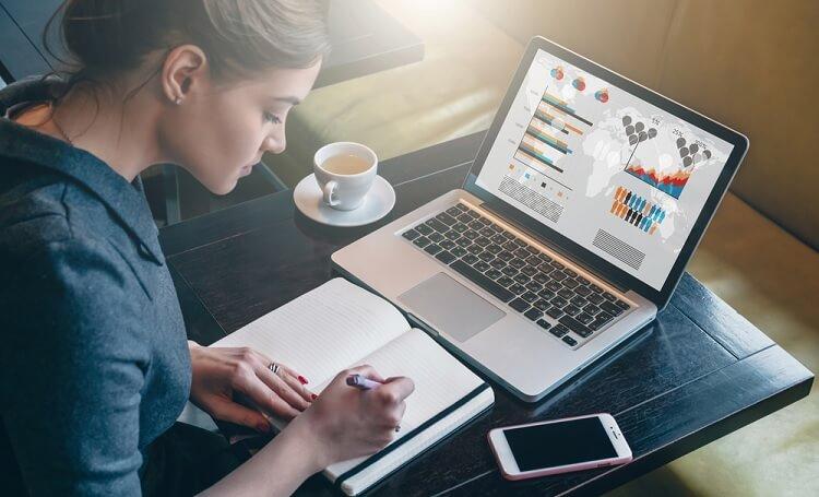 Nên mua laptop hãng nào tốt nhất hiện nay?